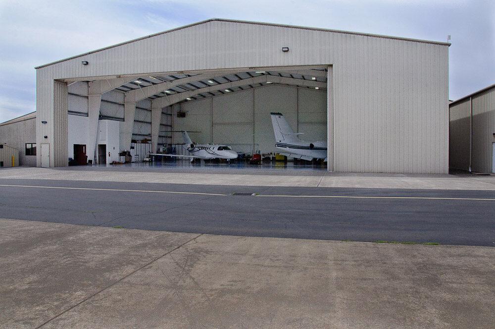 Airplane Hangar 5