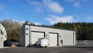Vehicle Maintenance Shop in Estacada, Oregon